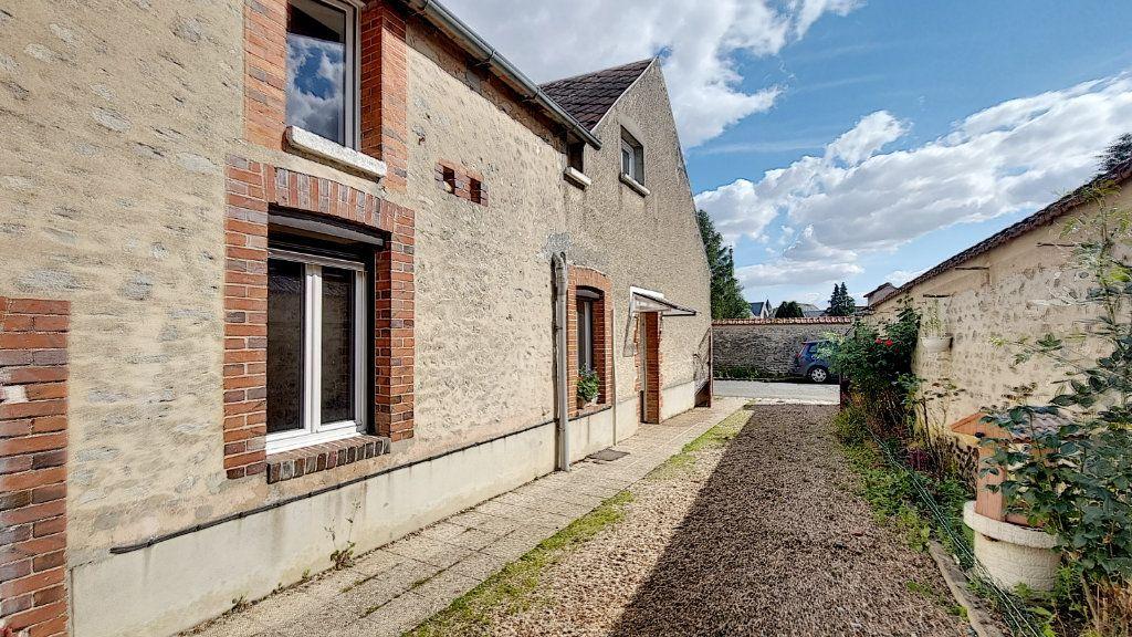 Maison à vendre 4 81m2 à Fresnay-l'Évêque vignette-2