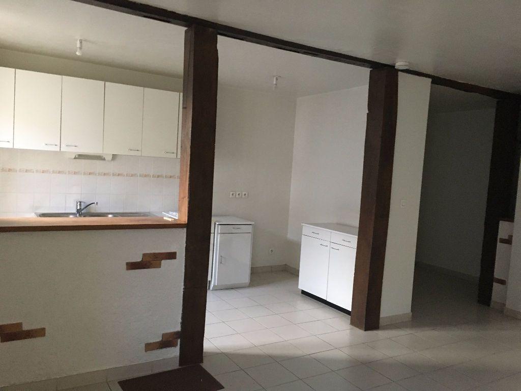 Appartement à louer 3 65.53m2 à Chevilly vignette-3
