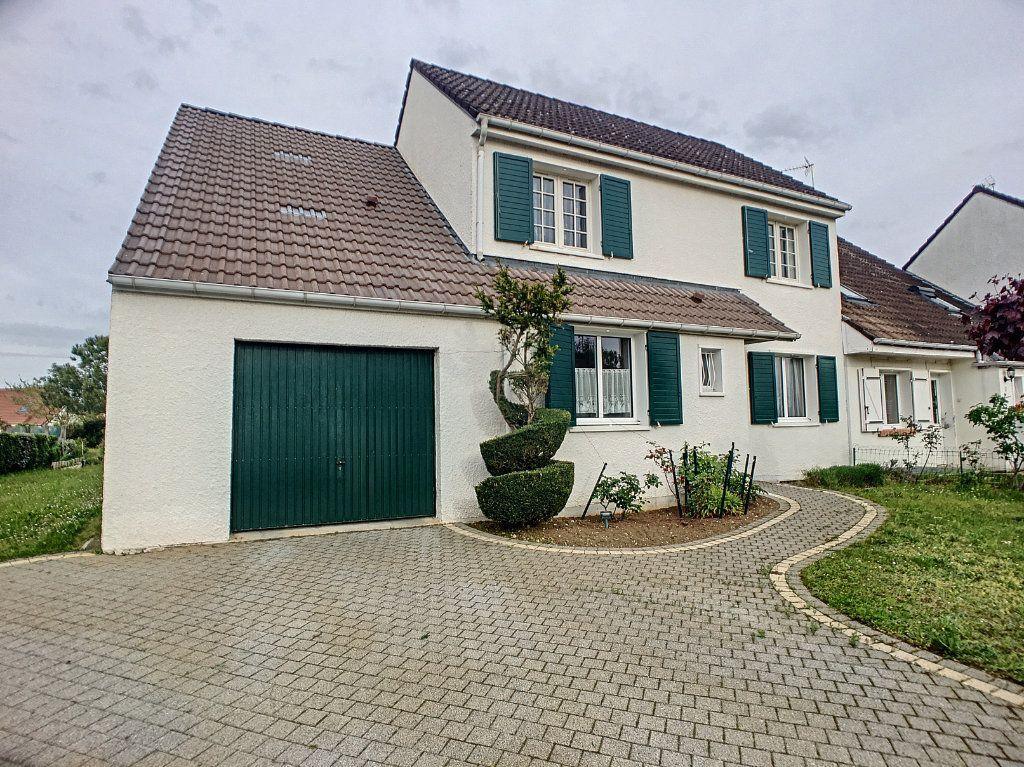 Maison à vendre 5 102m2 à Chécy vignette-1