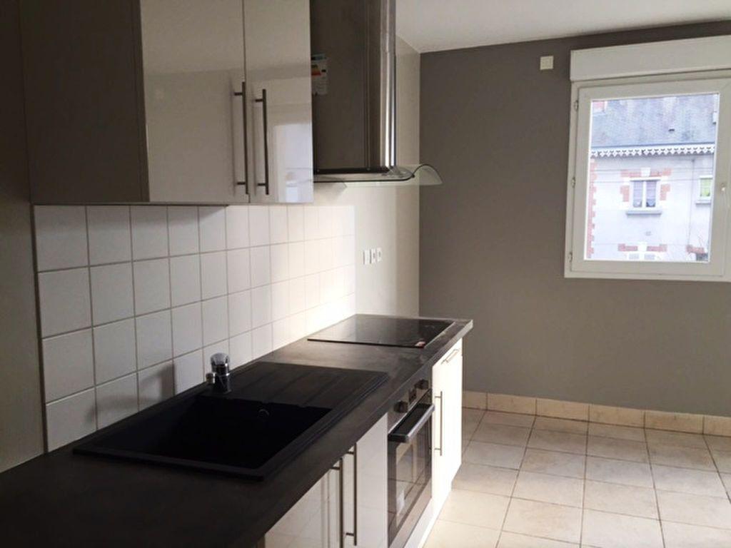 Appartement à louer 2 48.35m2 à Saint-Jean-de-Braye vignette-1