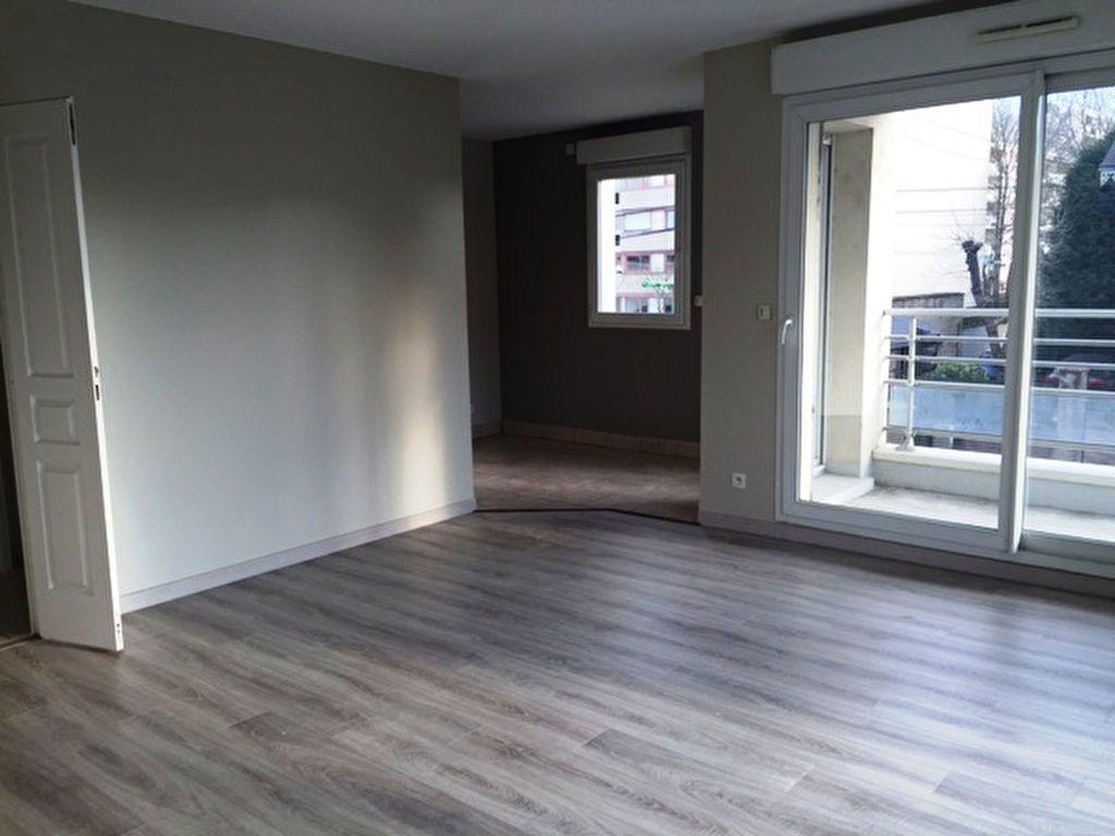 Appartement à louer 2 48.35m2 à Saint-Jean-de-Braye vignette-3