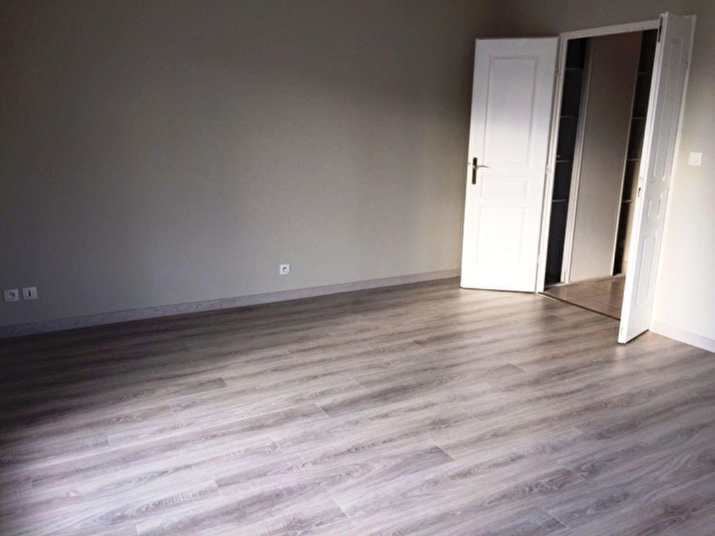 Appartement à louer 2 48.35m2 à Saint-Jean-de-Braye vignette-5