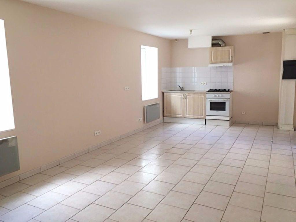 Maison à vendre 1 45m2 à Terminiers vignette-1