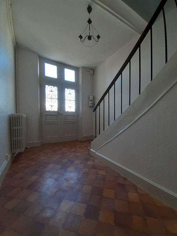 Appartement à louer 4 97.57m2 à Bazoches-les-Hautes vignette-4