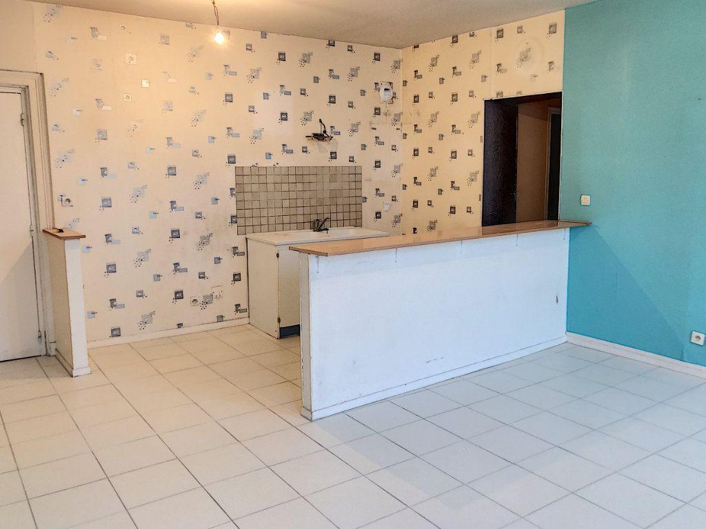 Appartement à vendre 2 62.53m2 à Patay vignette-3