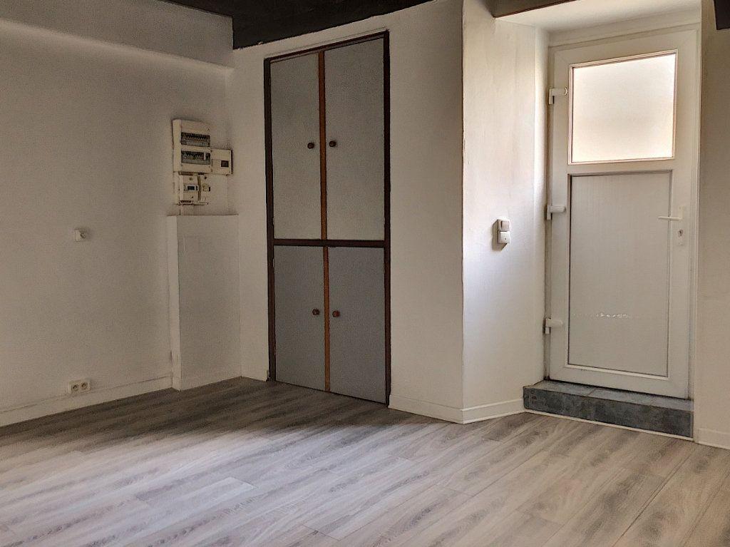 Appartement à louer 2 51.84m2 à Janville vignette-6