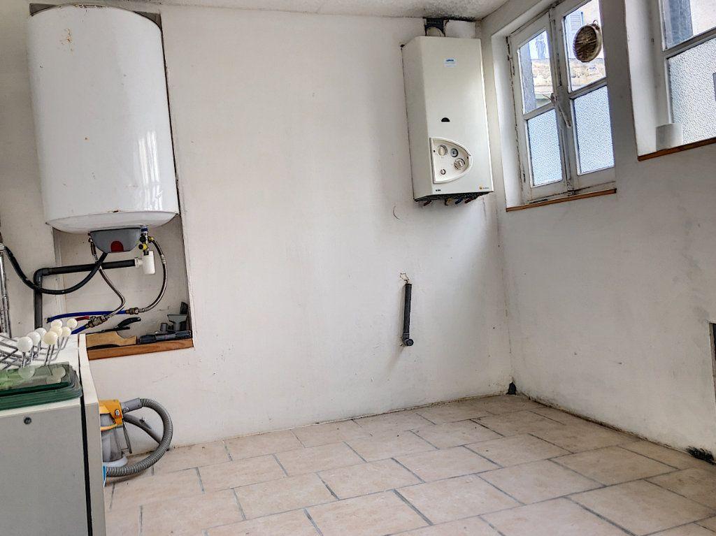 Appartement à louer 2 51.84m2 à Janville vignette-7