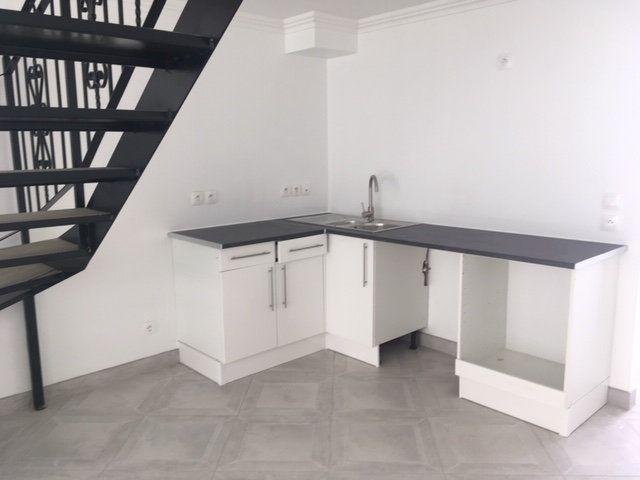 Maison à louer 3 73.16m2 à Montargis vignette-2