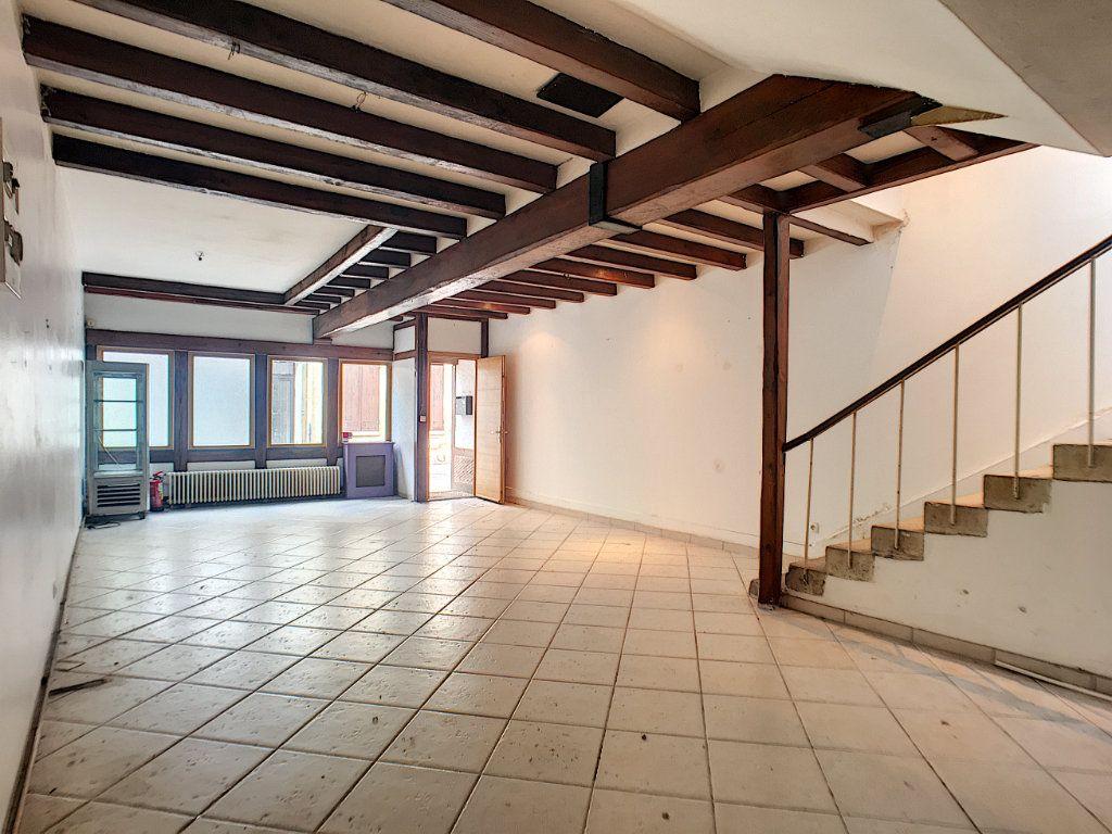 Maison à vendre 6 180m2 à Montargis vignette-3