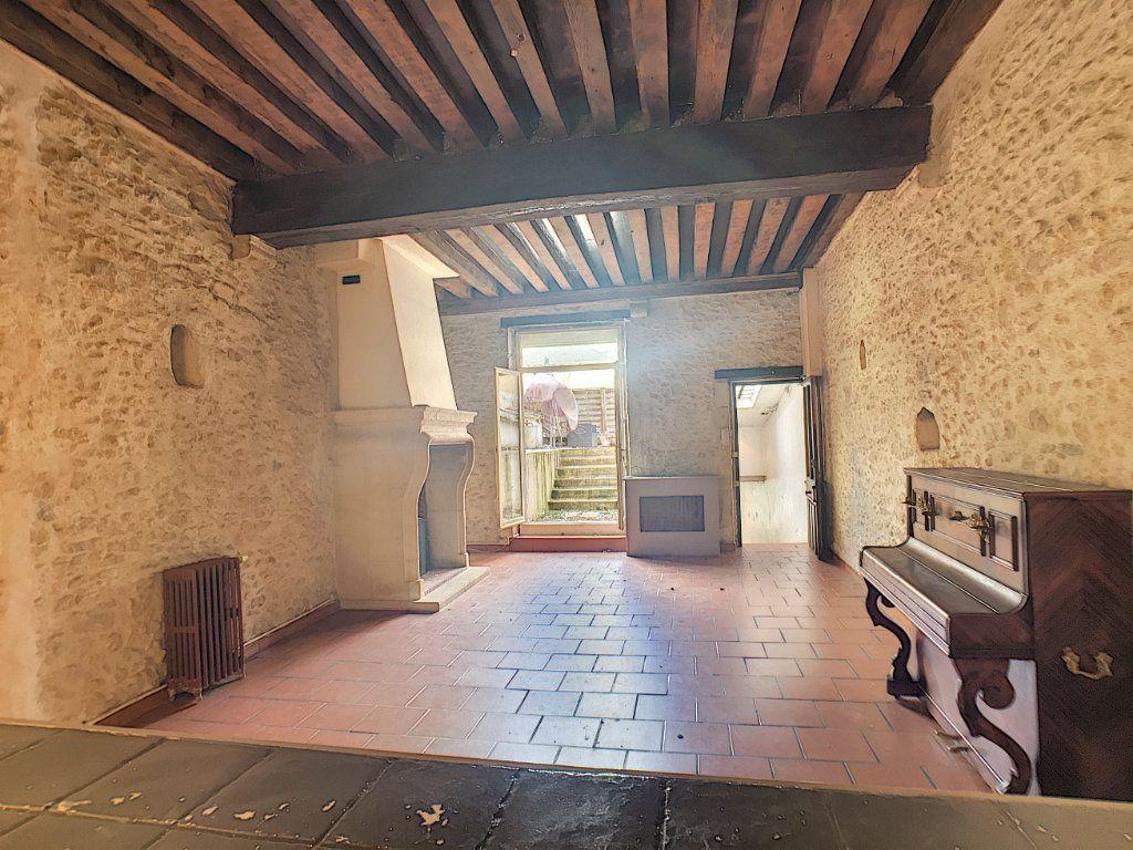 Maison à vendre 6 180m2 à Montargis vignette-4