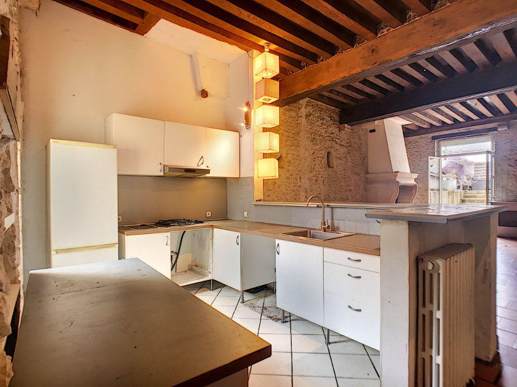 Maison à vendre 6 180m2 à Montargis vignette-5