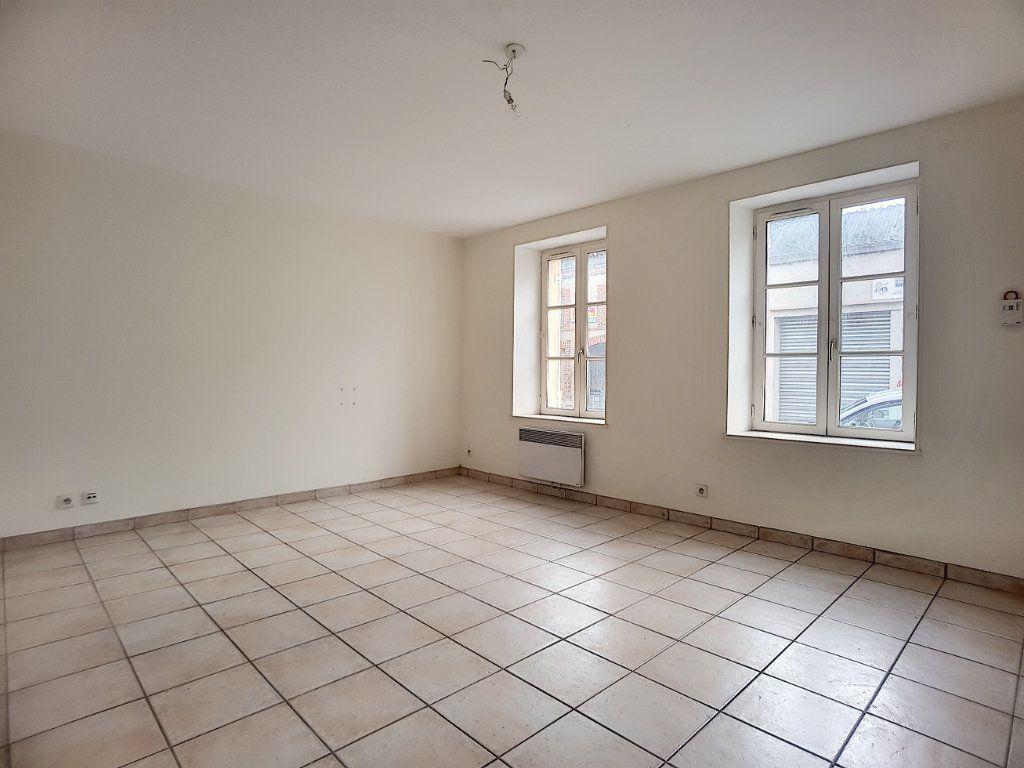 Appartement à louer 1 27.15m2 à Bellegarde vignette-2