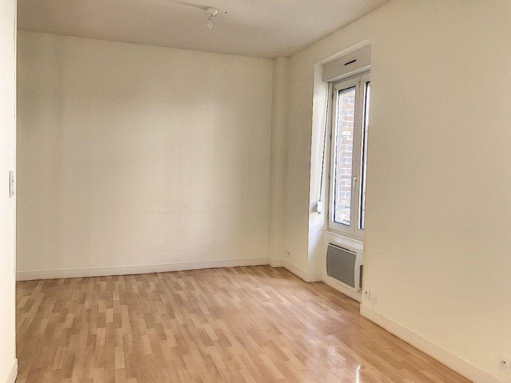 Appartement à louer 3 49.25m2 à Montargis vignette-1