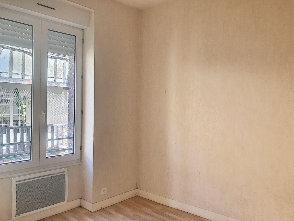 Appartement à louer 3 49.25m2 à Montargis vignette-3