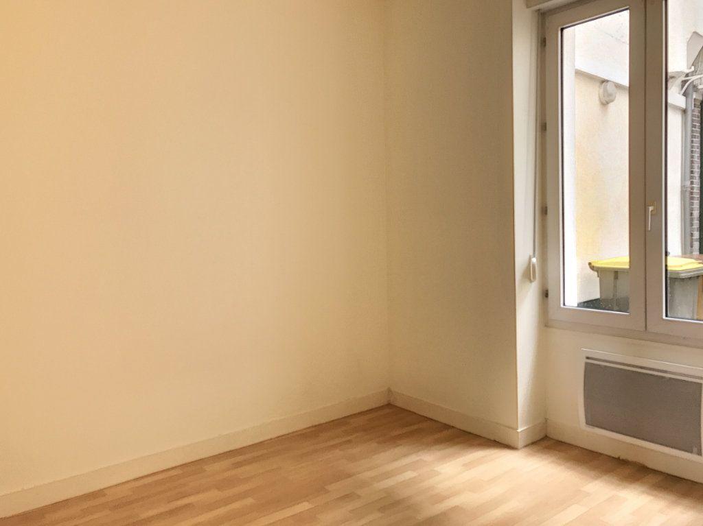 Appartement à louer 3 49.25m2 à Montargis vignette-4