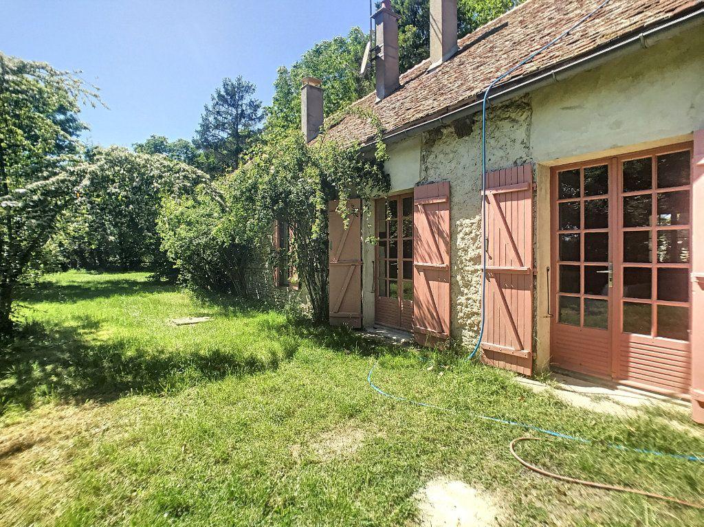 Maison à louer 6 130m2 à Montcresson vignette-2