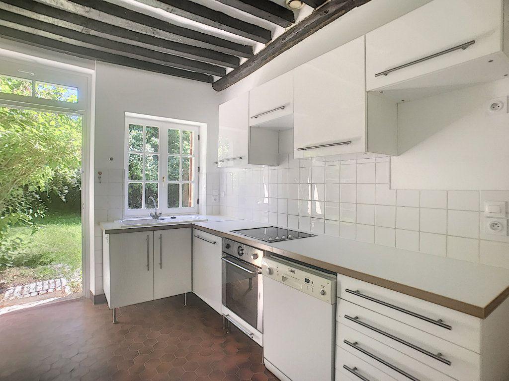 Maison à louer 6 130m2 à Montcresson vignette-3