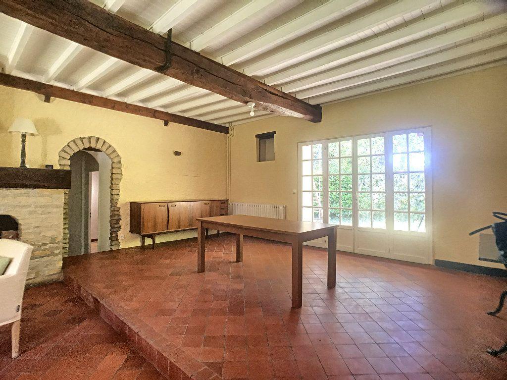 Maison à louer 6 130m2 à Montcresson vignette-4