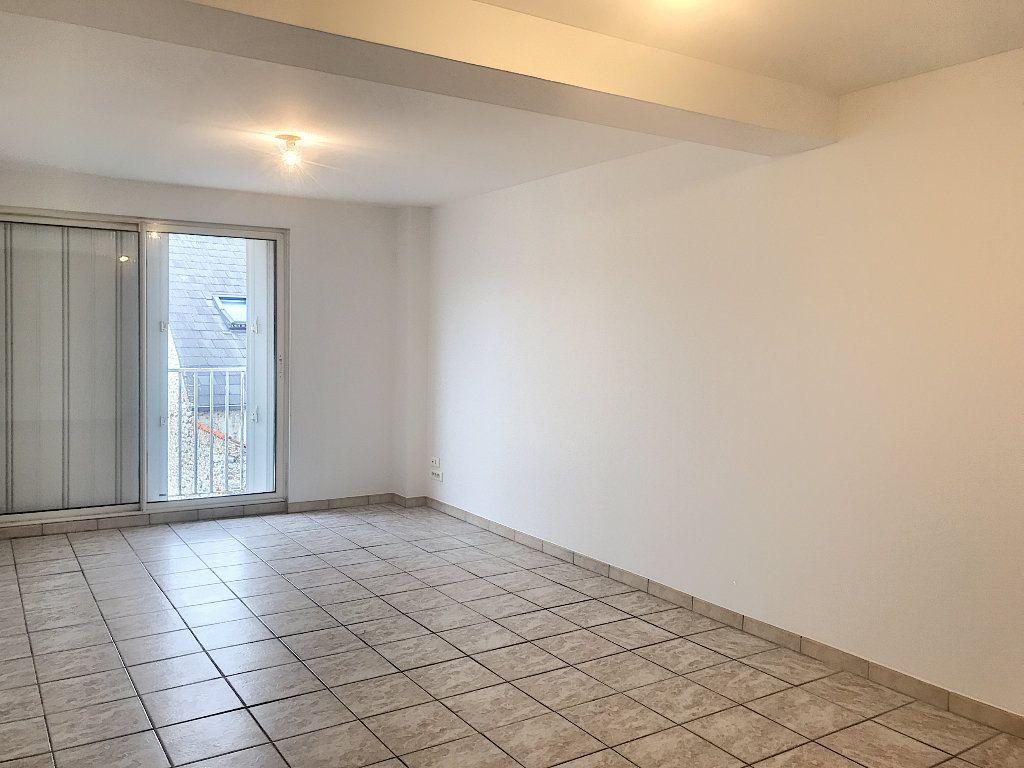 Appartement à louer 3 66m2 à Montargis vignette-1