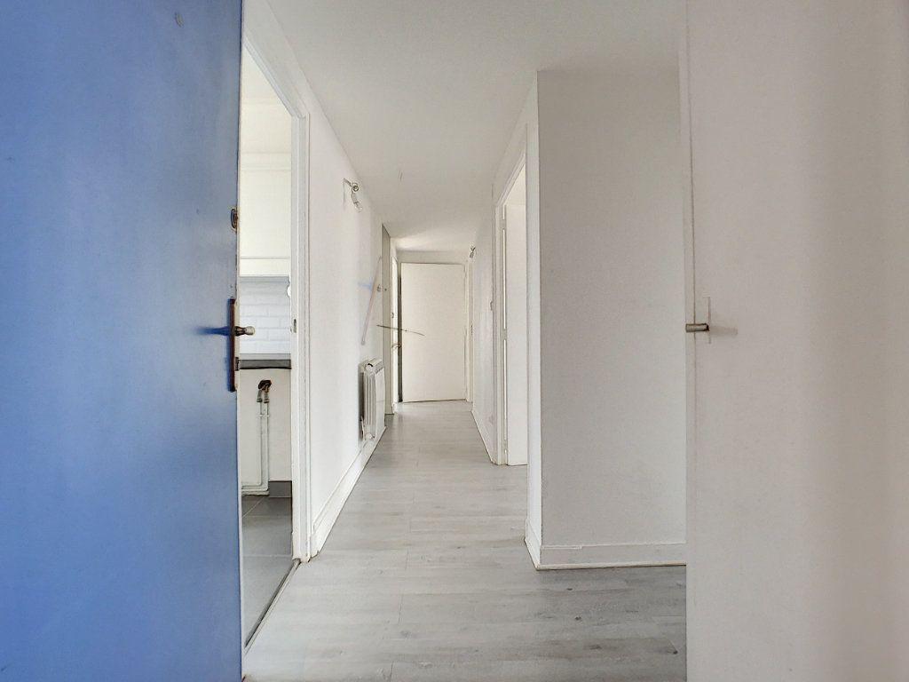 Appartement à vendre 4 70m2 à Châlette-sur-Loing vignette-2