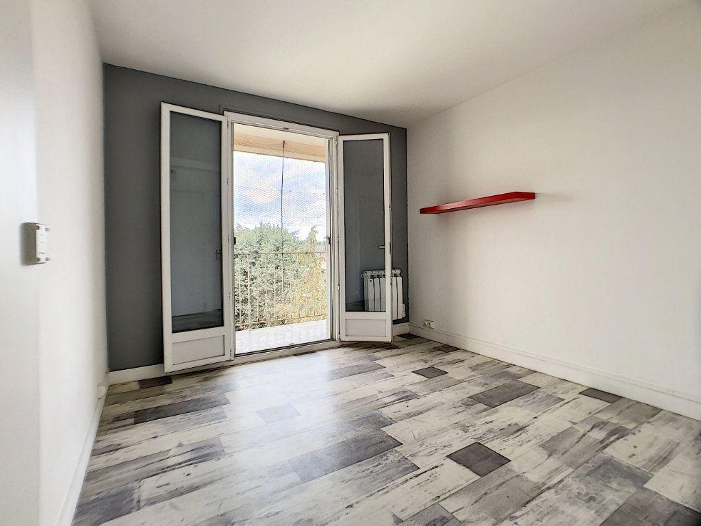 Appartement à vendre 4 70m2 à Châlette-sur-Loing vignette-8