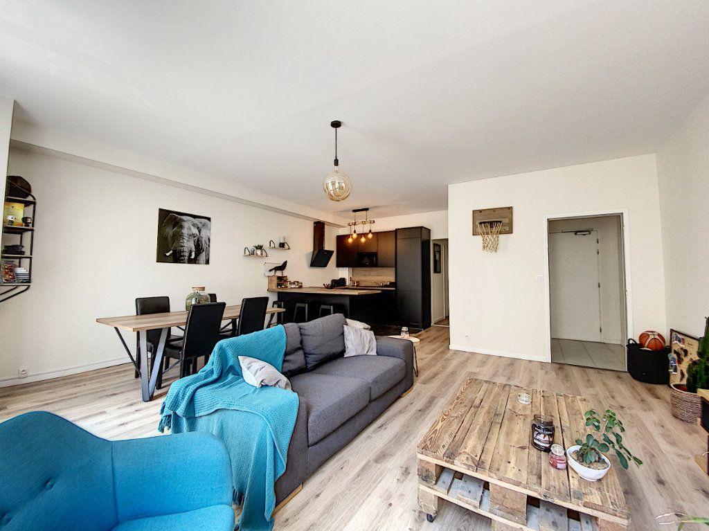 Appartement à louer 2 65.67m2 à Montargis vignette-7