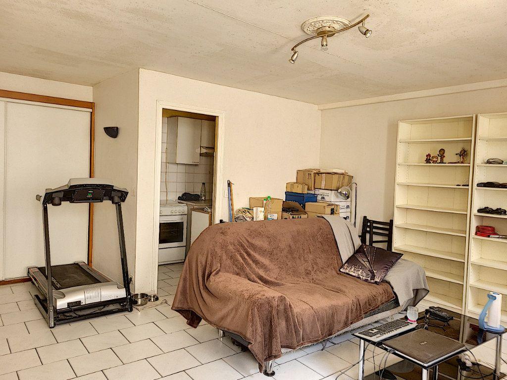 Appartement à louer 2 42.9m2 à Montargis vignette-1