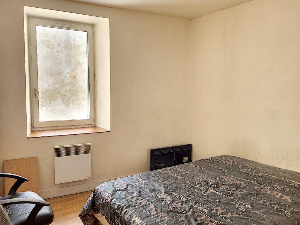 Appartement à louer 2 42.9m2 à Montargis vignette-5
