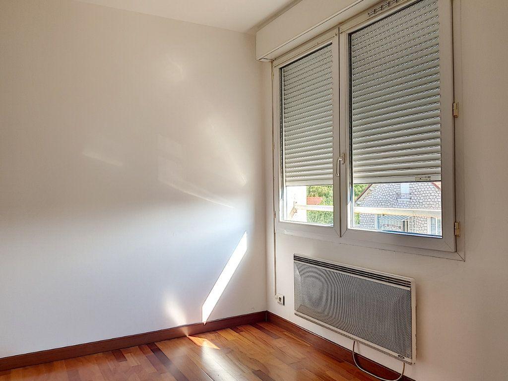 Appartement à louer 2 39m2 à Villemandeur vignette-4