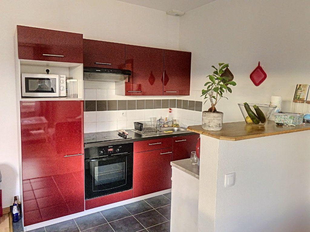Appartement à louer 2 50.52m2 à Montargis vignette-3
