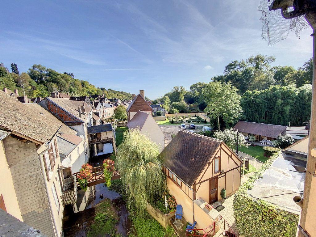 Appartement à louer 1 28m2 à Château-Renard vignette-1