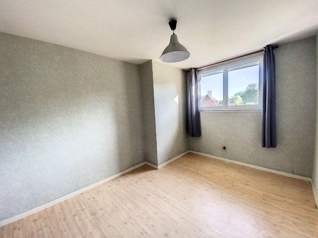 Appartement à louer 1 28m2 à Château-Renard vignette-5