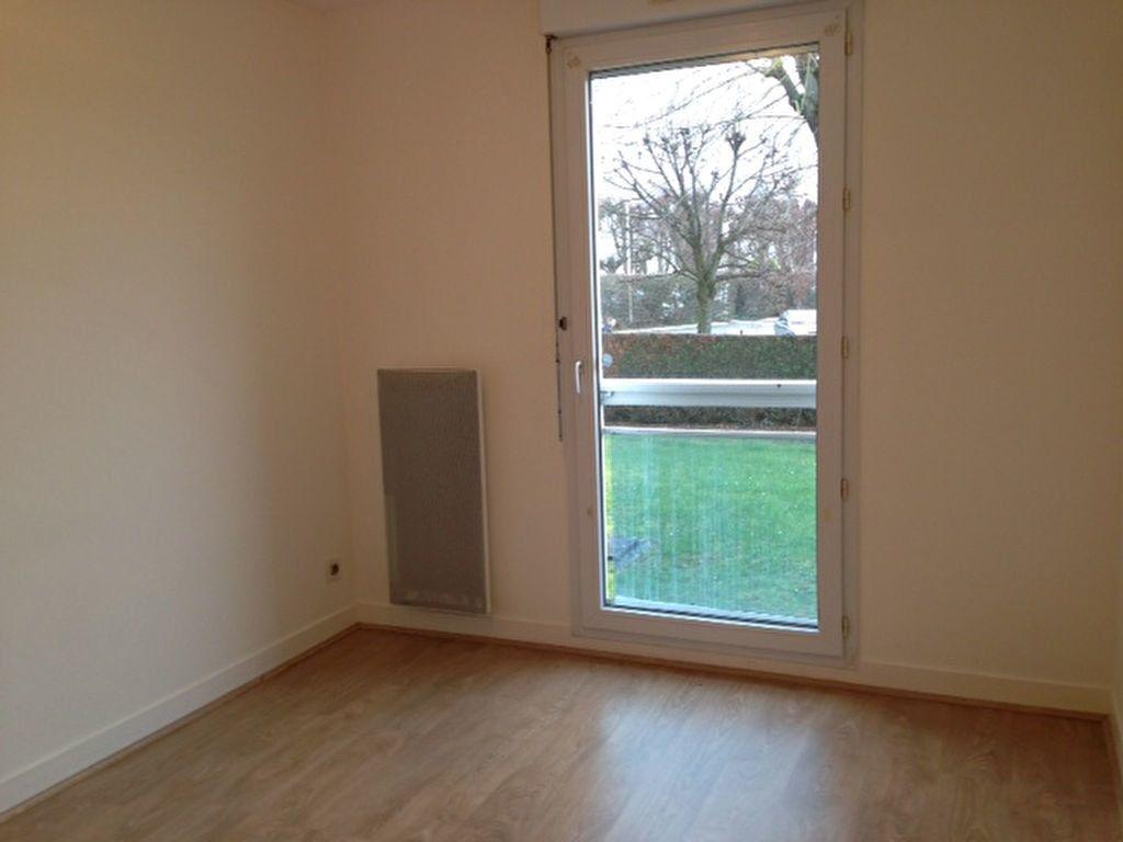 Appartement à louer 2 50.1m2 à Beaugency vignette-4