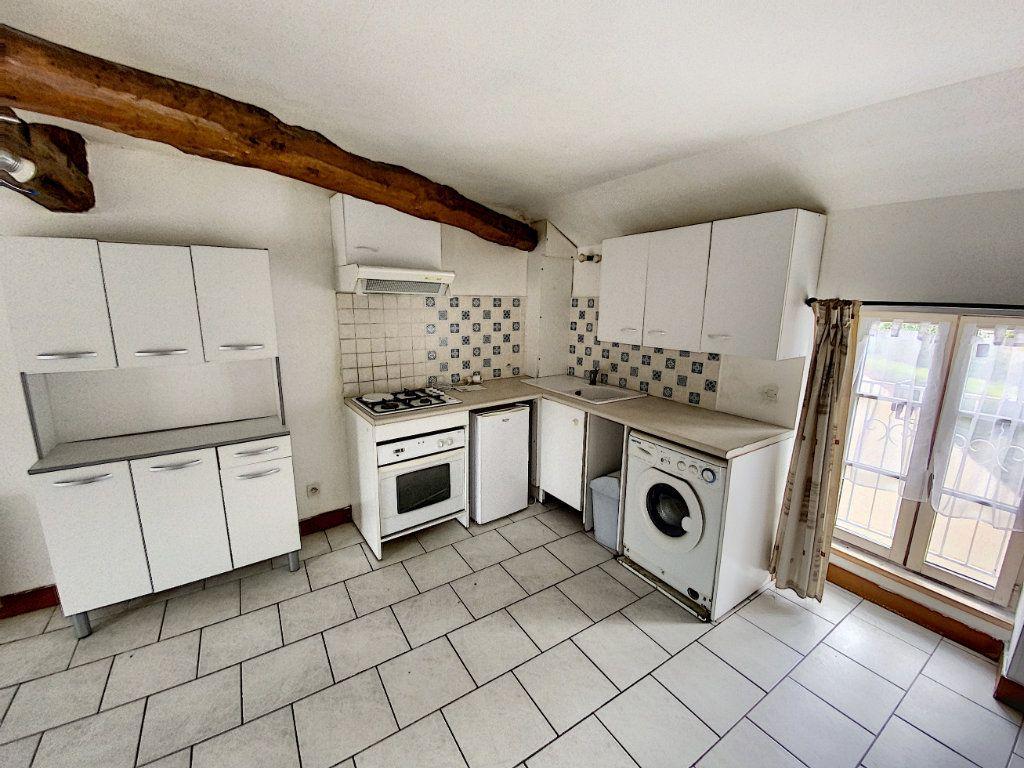 Appartement à louer 2 34.21m2 à Beaugency vignette-2