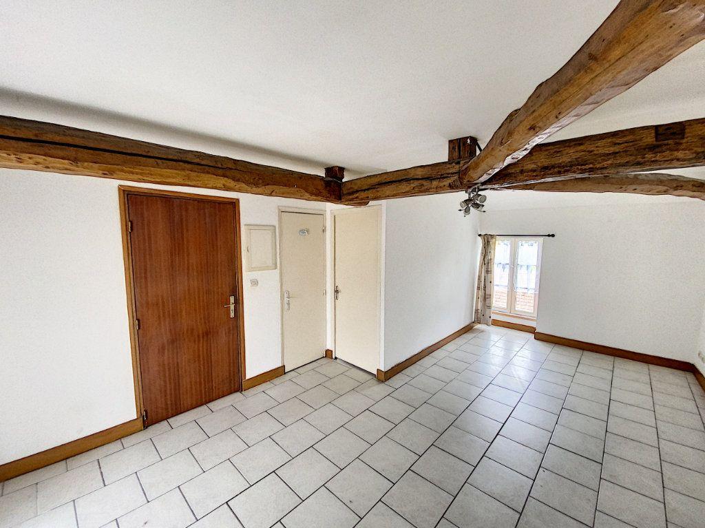 Appartement à louer 2 34.21m2 à Beaugency vignette-3