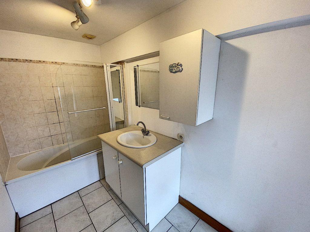 Appartement à louer 2 34.21m2 à Beaugency vignette-4
