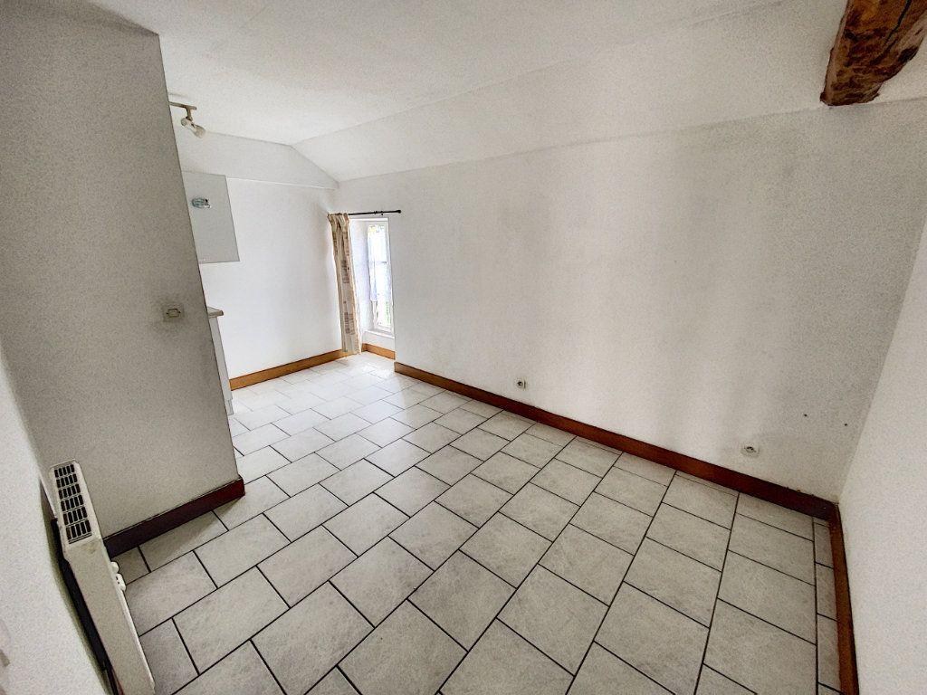 Appartement à louer 2 34.21m2 à Beaugency vignette-5