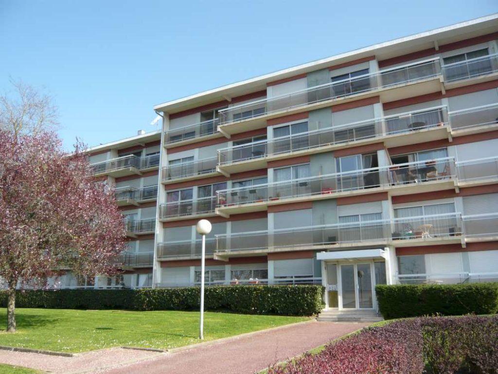 Appartement à louer 4 75.58m2 à Beaugency vignette-2