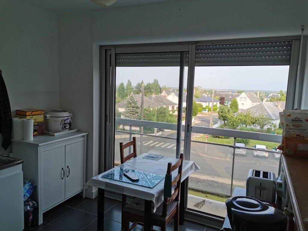 Appartement à louer 4 75.58m2 à Beaugency vignette-9