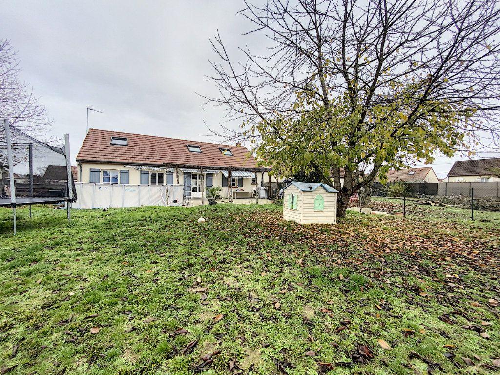 Maison à vendre 7 142.09m2 à Beaugency vignette-1