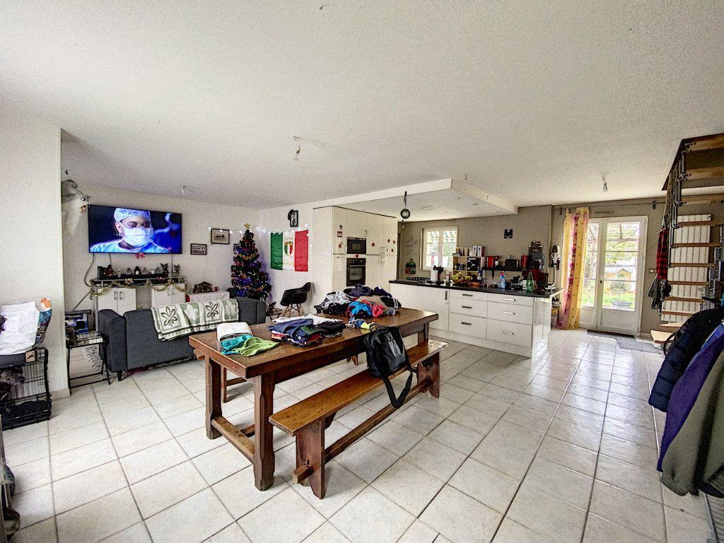 Maison à vendre 7 142.09m2 à Beaugency vignette-4