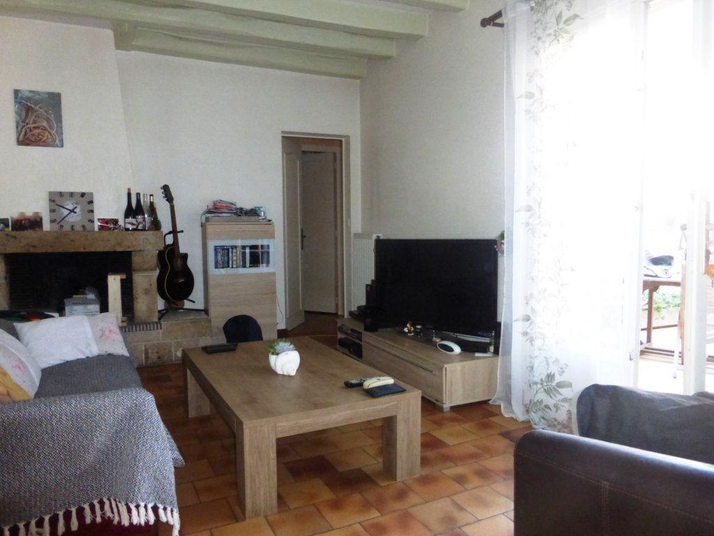 Appartement à vendre 5 100.67m2 à Beaugency vignette-2