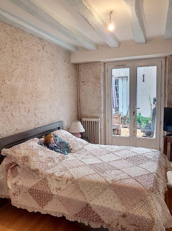 Appartement à vendre 5 100.67m2 à Beaugency vignette-7