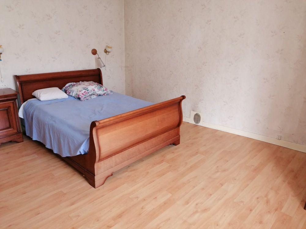Maison à vendre 7 160m2 à Beaugency vignette-8