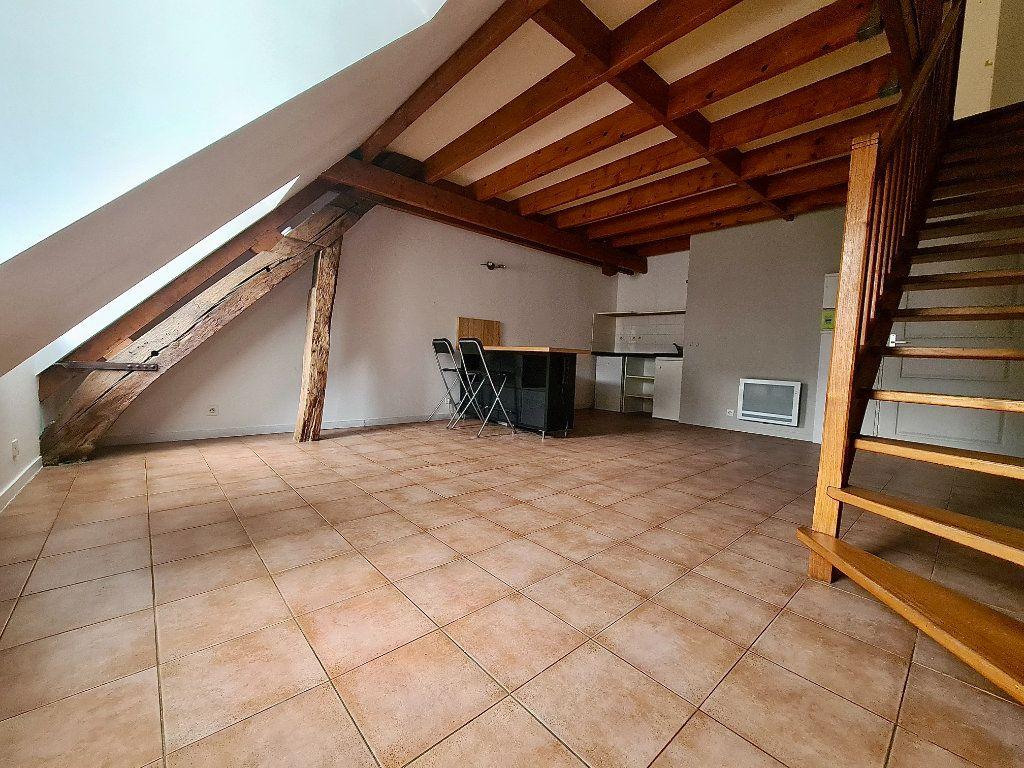 Appartement à louer 2 39.15m2 à Beaugency vignette-1