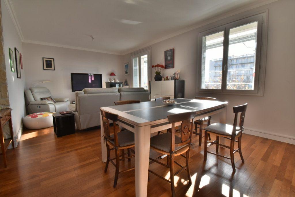 Appartement à vendre 4 87m2 à Romans-sur-Isère vignette-2