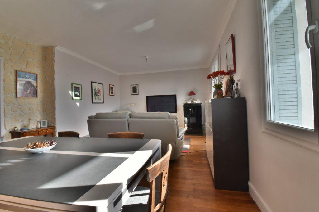 Appartement à vendre 4 87m2 à Romans-sur-Isère vignette-3