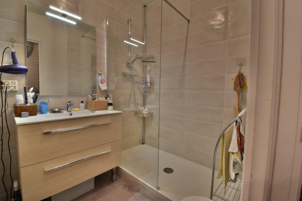 Appartement à vendre 4 87m2 à Romans-sur-Isère vignette-8