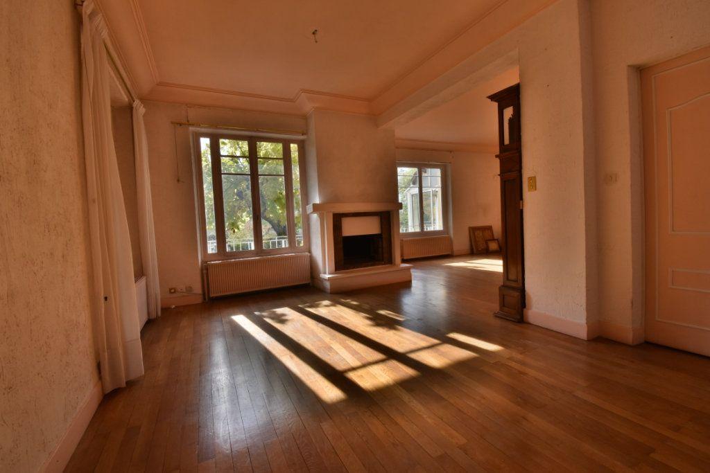 Maison à vendre 8 172m2 à Romans-sur-Isère vignette-2