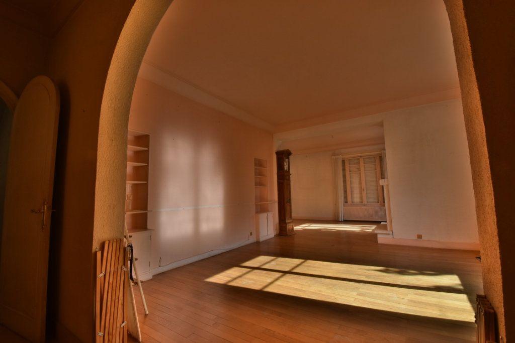 Maison à vendre 8 172m2 à Romans-sur-Isère vignette-4